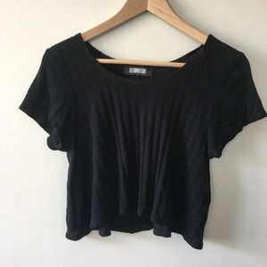 Reformation cropped black T-shirt sweater S
